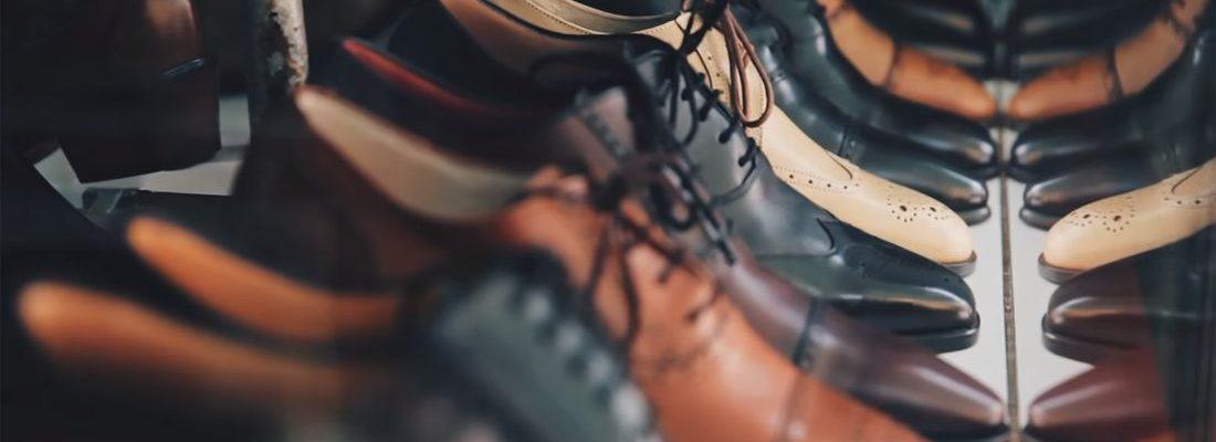 86304b0b3b4 Zo moet je leren schoenen makkelijk schoonmaken en onderhouden ...